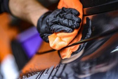 Sostituzione cristalli auto e manutenzione automobile